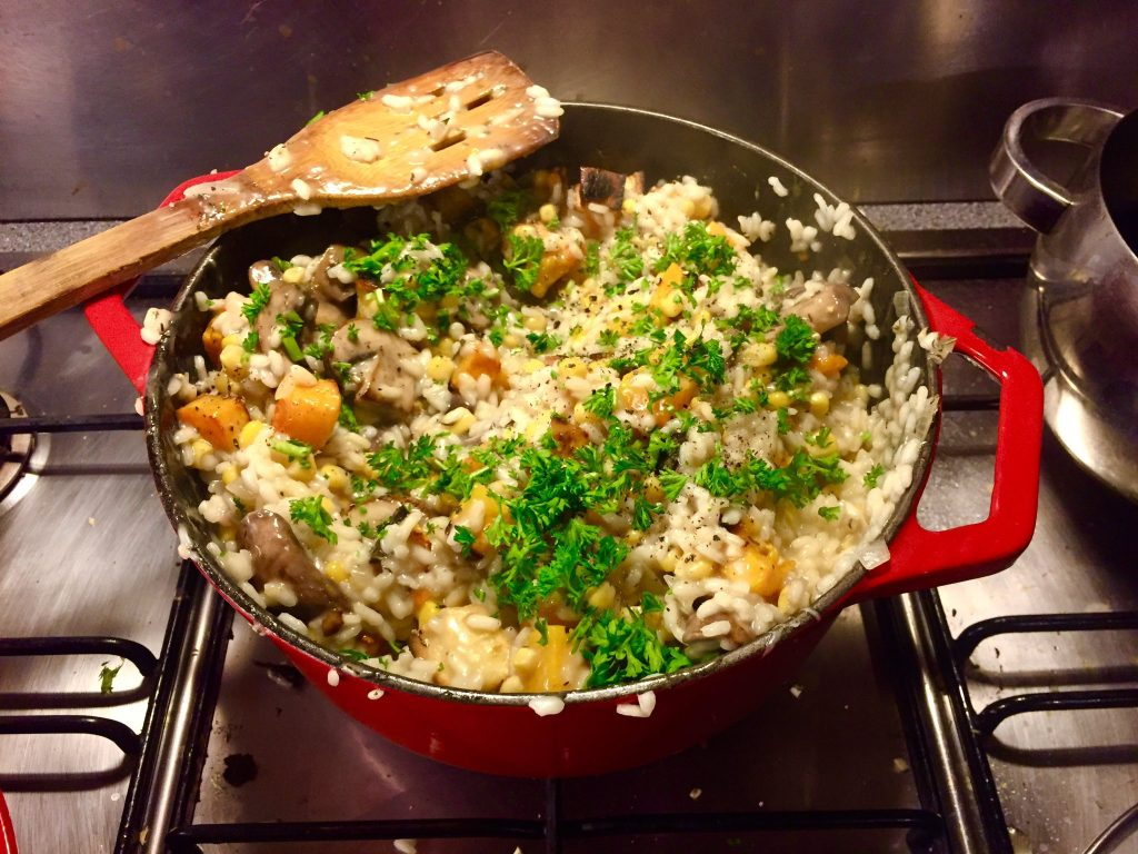 winter-risotto-met-flespompoen-mais-champignons-peterselie